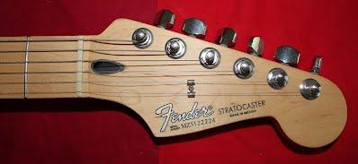 fender stratocaster standard photo2
